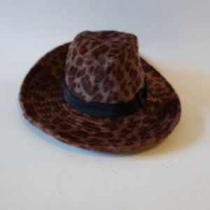 BEBE BROWN TAN LEOPARD CALF HAIR HAT OS *